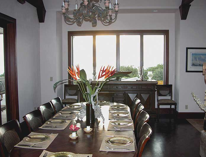 Main Villa - Dining Room