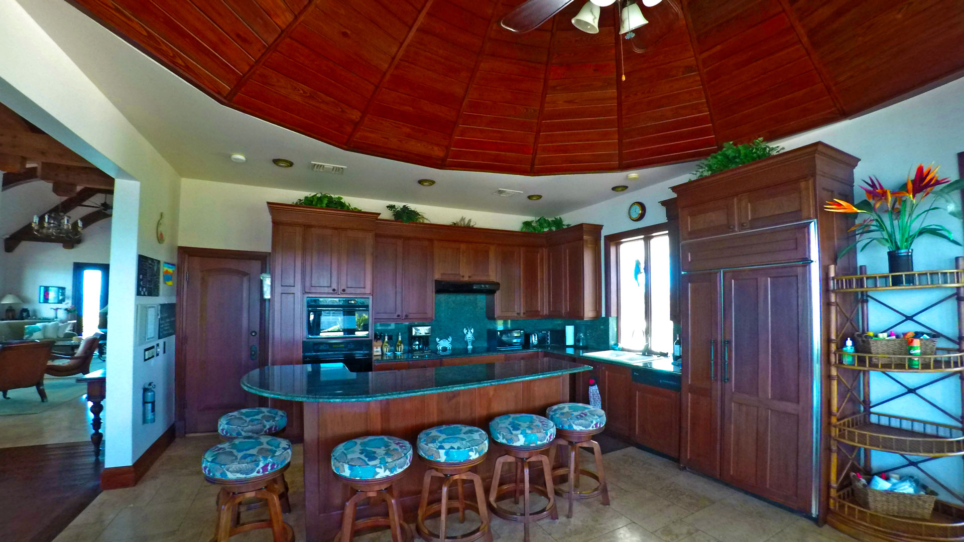 Main Villa - Kitchen